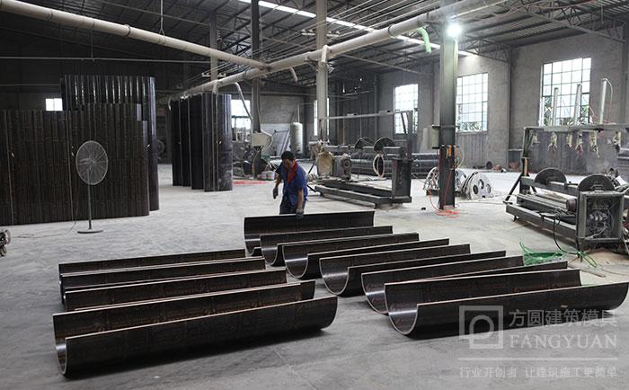 圆柱木模板厂家加工车间