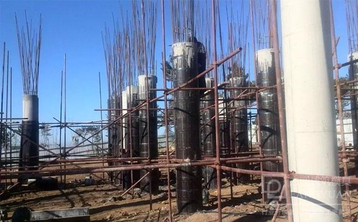 圆柱木模板支模施工现场