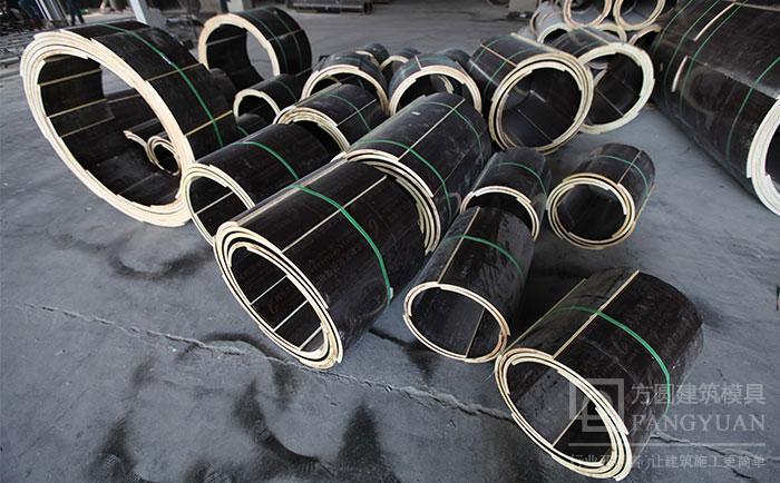 多直径尺寸的木质圆柱模板