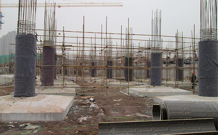 圆柱子木模板工地施工