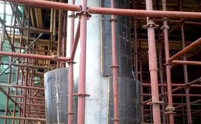 圆柱形木模板自动脱模