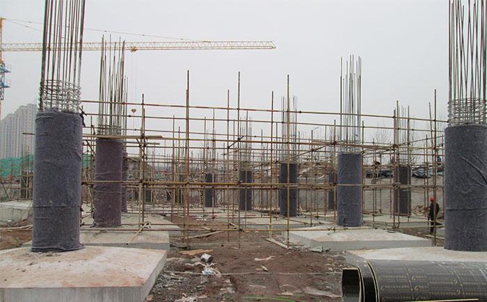 木质圆柱模板工地施工