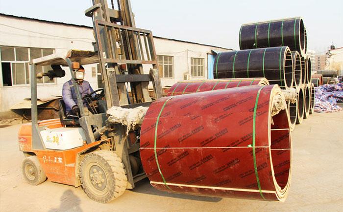 圆柱形模板叉车装卸